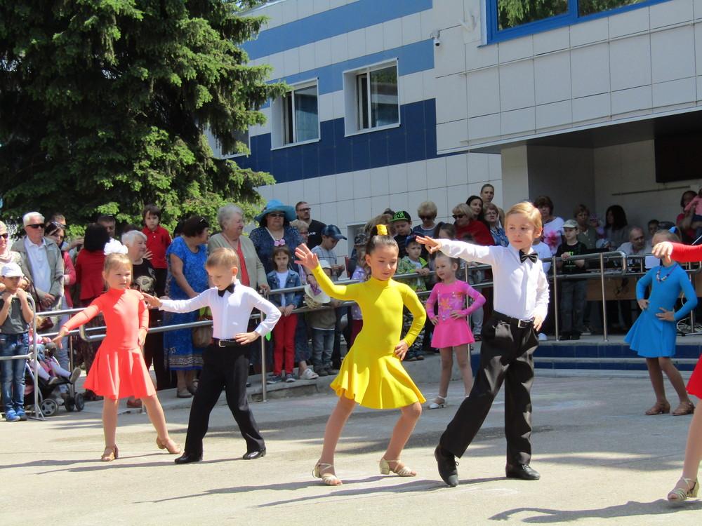 Коллектив спортивного бального танца