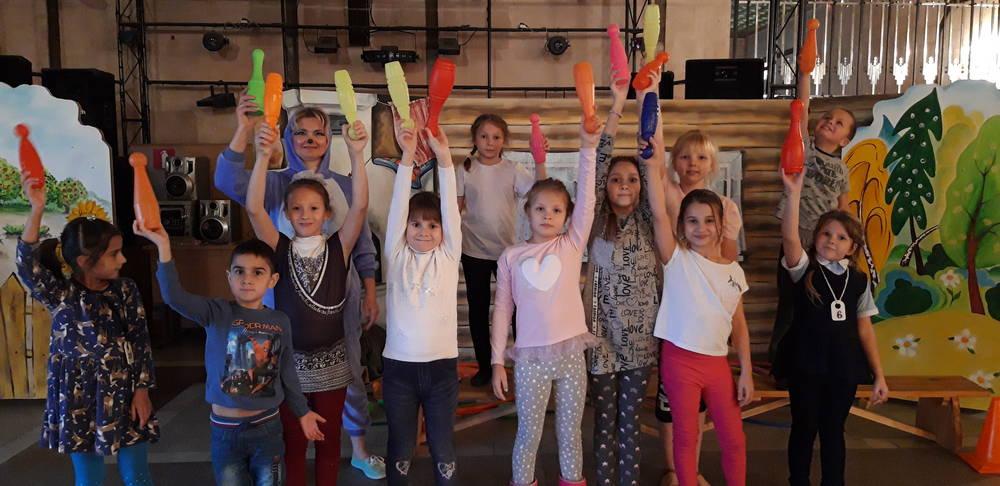 Танцевально-развлекательная программа «Вместе весело играть».