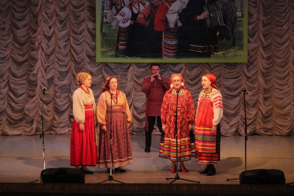 Окружной фестиваль-конкурс среди хоровых коллективов и вокальных исполнителей «Когда поет душа»